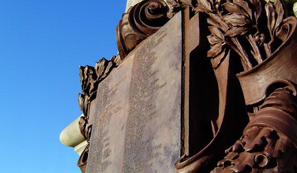 The Cenotaph, Ward Park